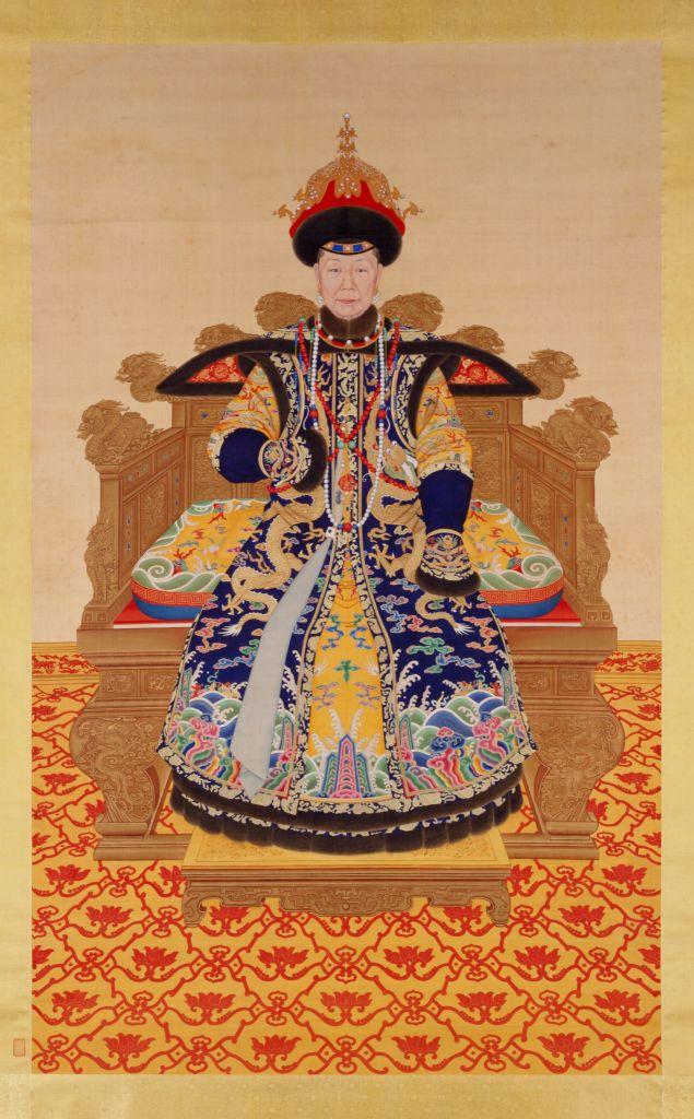 清人画孝圣宪皇后八旬像轴